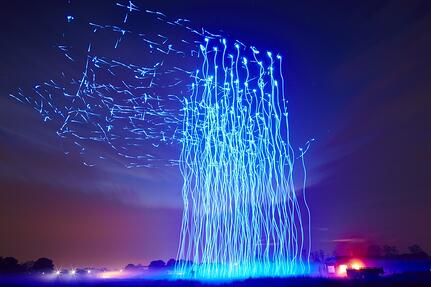 Intel-Drone-100-Light-Show-980x653.jpg