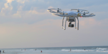 How Drones Cut Down Cell Towers Inspection Costs